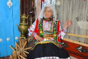 لباس سنتی زنانه